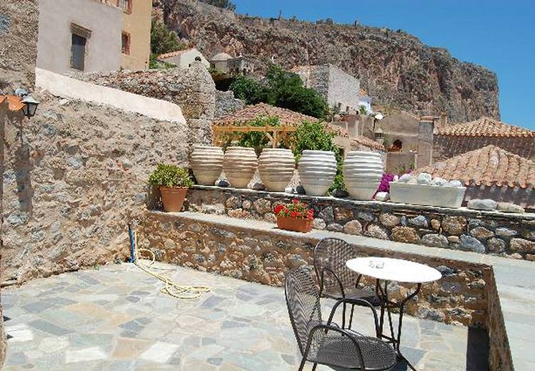 Monemvasia Apartments